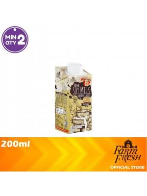 Farm Fresh UHT Soy Milk Original 200ml